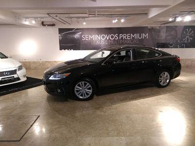 Lexus ES 350 3.5 V6 2013}
