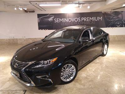 Lexus ES 350 3.5 V6 2016}