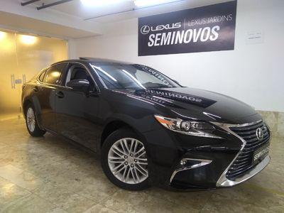 Lexus ES 350 3.5 V6 2017}