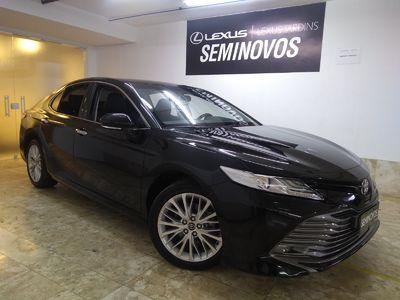 Toyota Camry  3.5L V6 Gasolina Automático 2018}