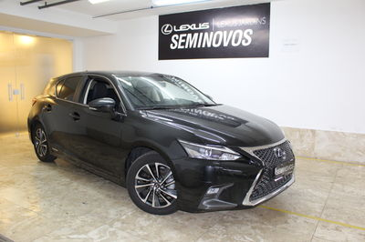 Lexus CT 200h 1.8 (Aut) 2018}
