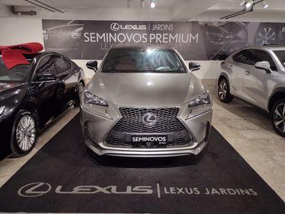 Lexus NX 200T Sport 2.0 2016}