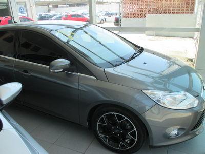Ford Focus Hatch Titanium 2.0 16V (Aut) 2015}