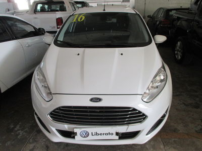 Ford New Fiesta Hatch Titanium 1.6 AT (Flex) 2016}