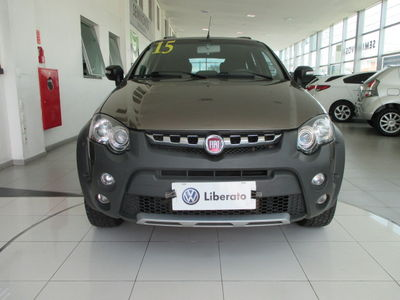 Fiat Palio Weekend Adventure Dualogic 1.8 16V (Flex) 2015}