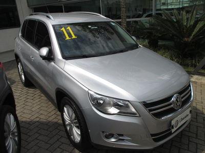 Volkswagen Tiguan 2.0 TSI 2011}