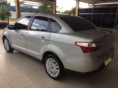 Fiat Grand Siena Essence 1.6 2016}