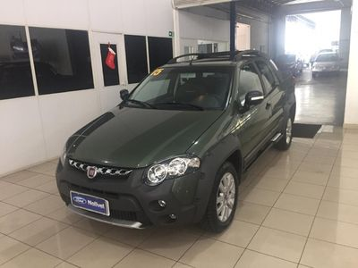 Fiat Nova Strada ADVENTURE CD 1.8 16V FLEX 2016 3P 2015}