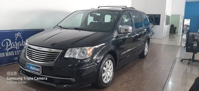 Chrysler Town & Country Limited 3.6 V6 2014}