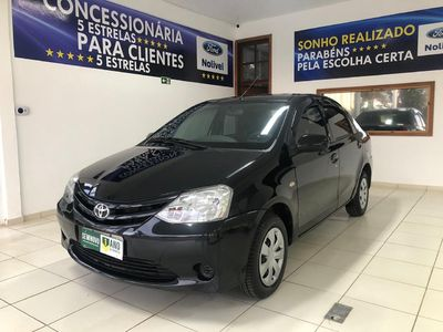 Toyota Etios Sedan XS 1.5 (Flex) 2013}