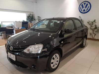 Toyota Etios Sedan XS 1.5 (Flex) 2014}