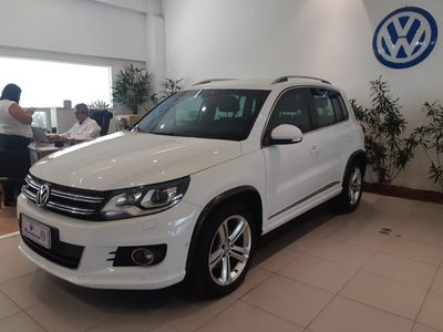 Volkswagen Tiguan R-Line 2.0 TSI 2015}