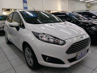 Ford New Fiesta Hatch SE 1.6 AT (Flex) 2016 2016}