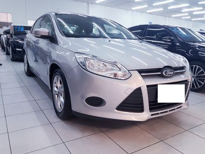Ford Focus Sedan S 2.0 PowerShift 2015}
